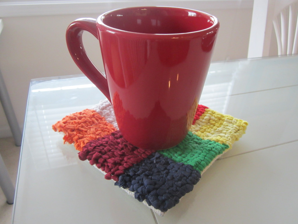 Recycled t-shirt mug rug