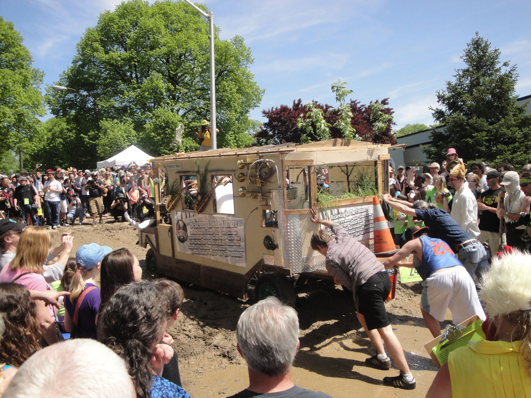 Vehicle in the mud at the Kinetic Sculpture Race 2013