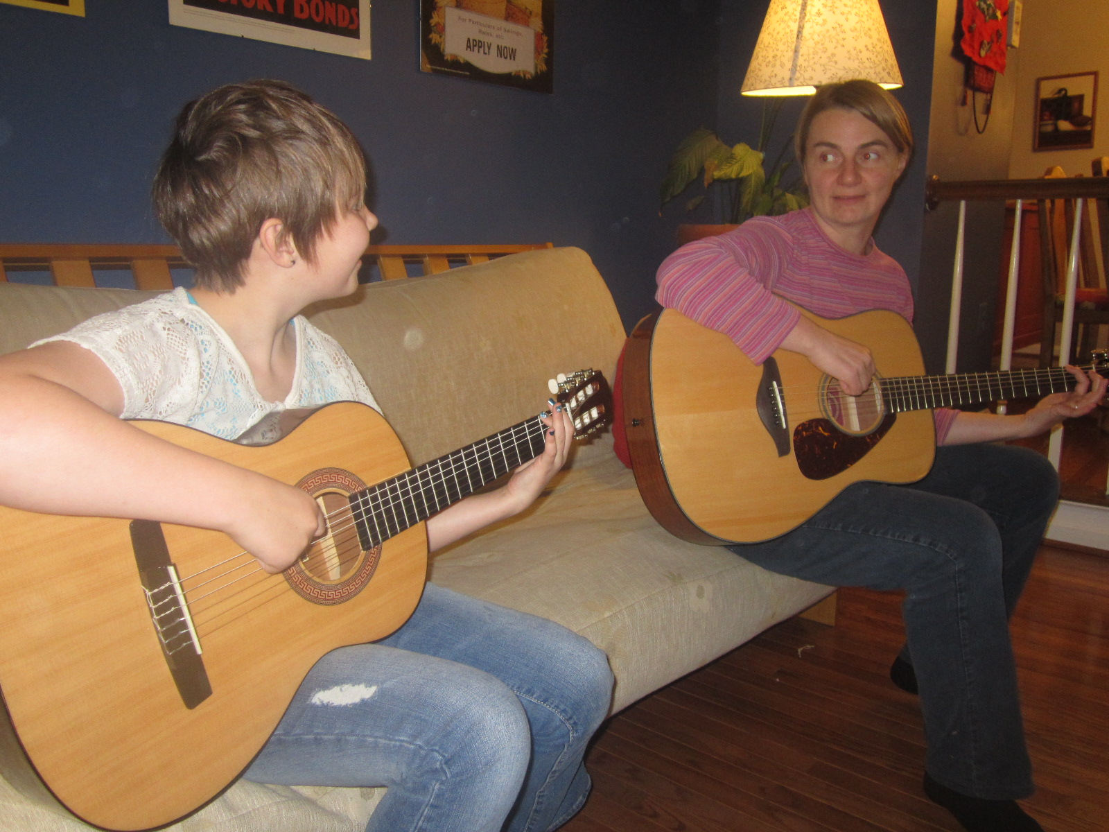 Learning to play guitar with Nora