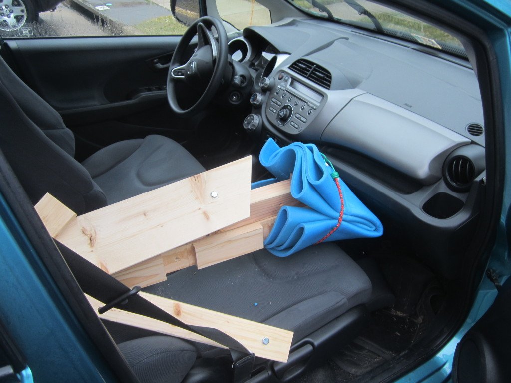 Protecting my dashboard from the loom with foam