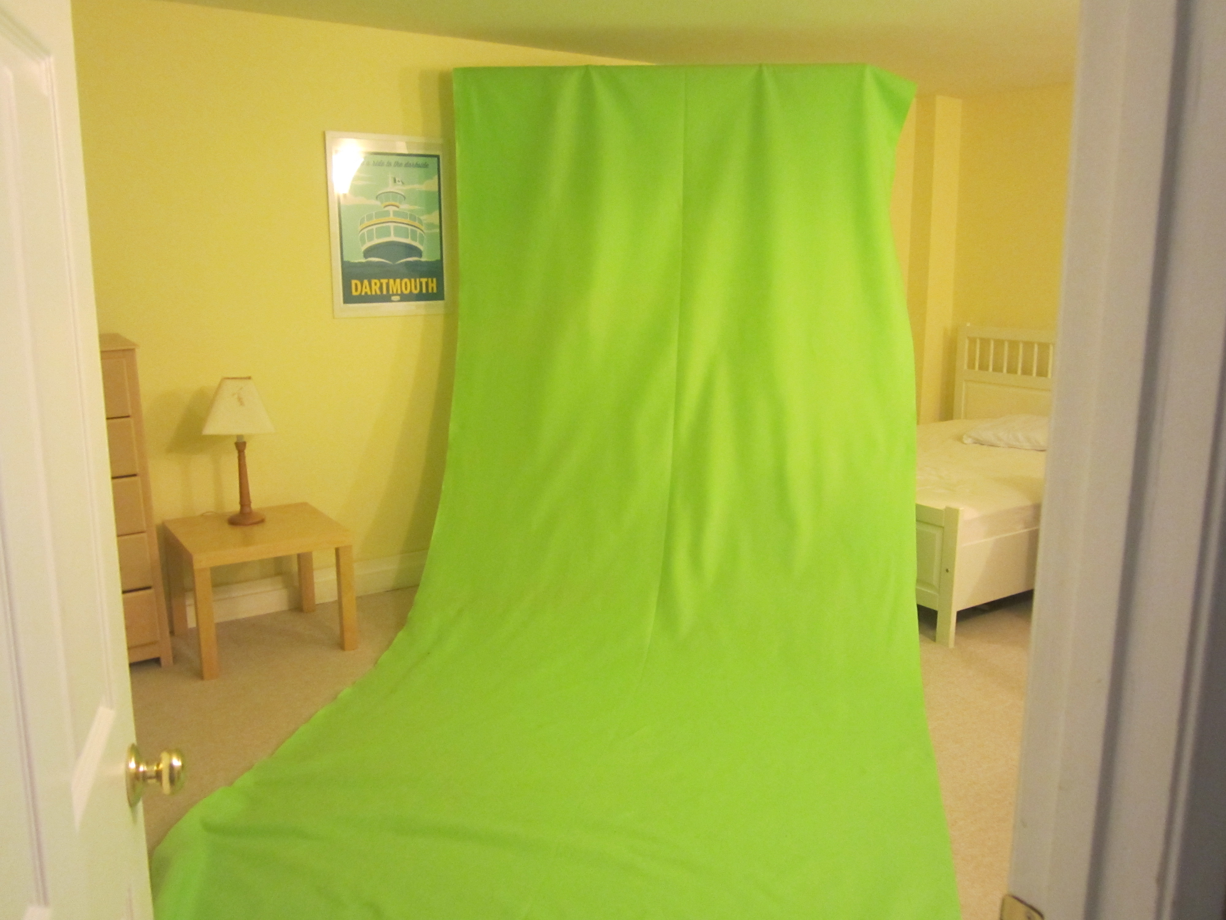 DIY Green Screen from green felt