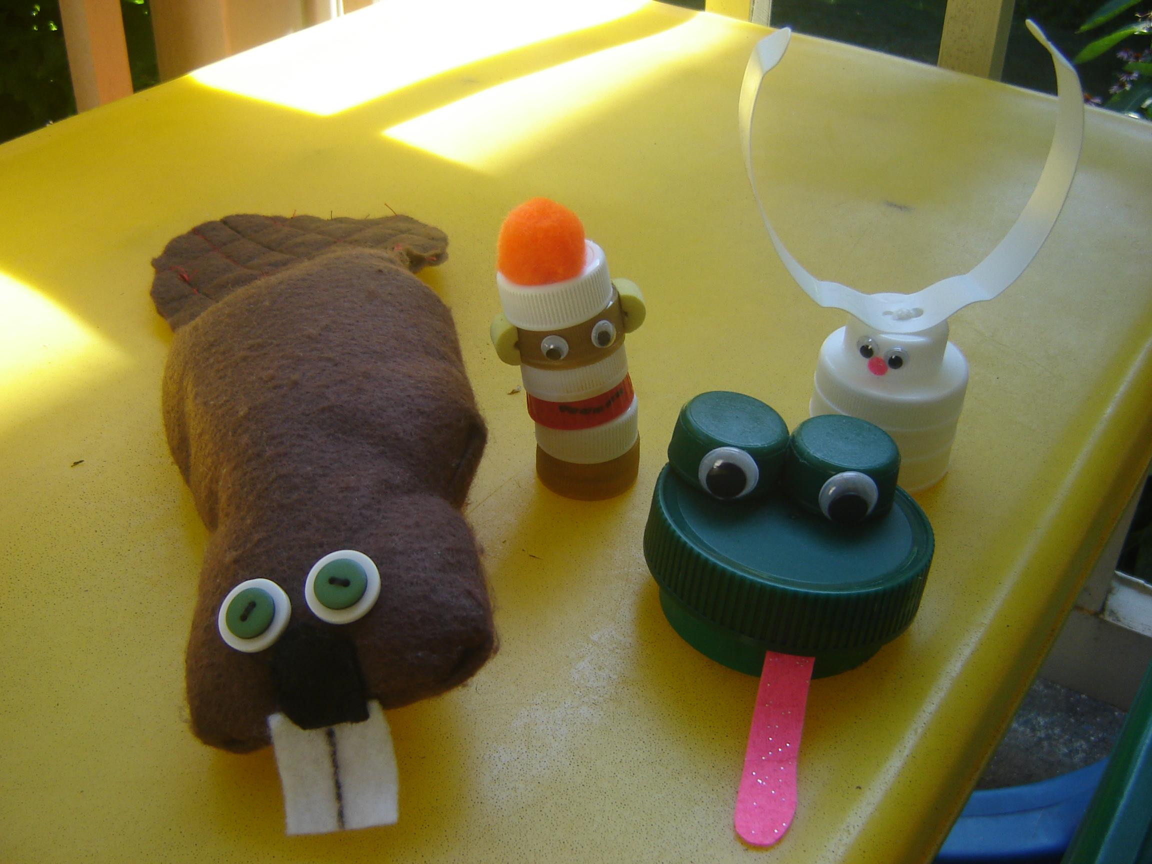 Plastic cap animals