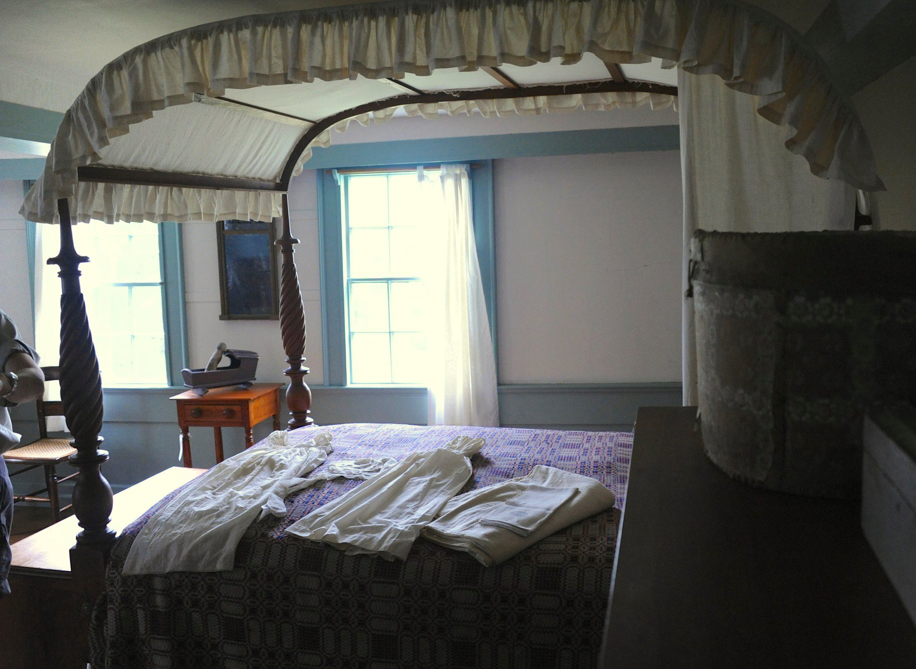 Girls' bedroom at Jonathan Fisher House in Blue Hill - photo by Helen Steussy