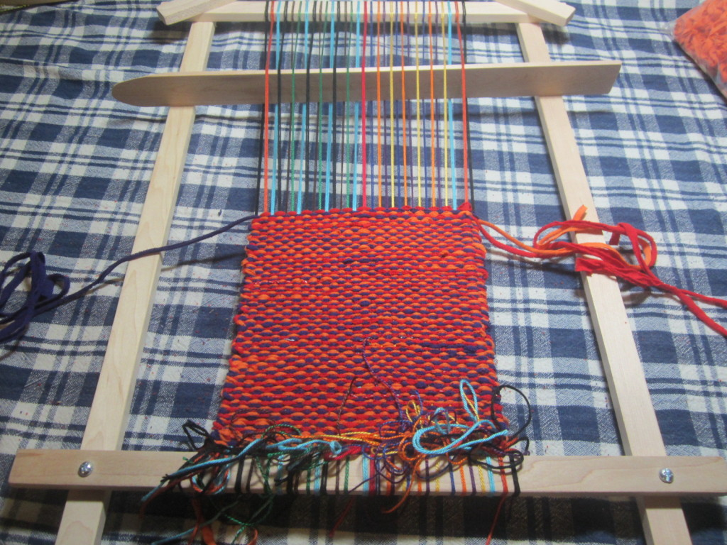 Weaving the bundle on my Journey Loom