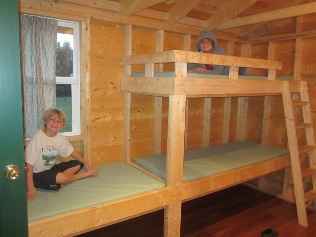 Room for three kids - bunk beds of the larger treehouse room
