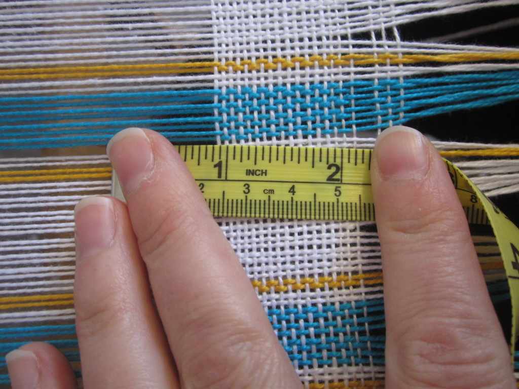 Beating the weaving with the right pressure