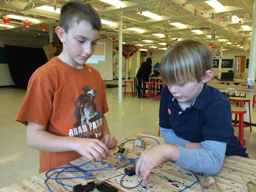 Luke & Russell make circuits do stuff