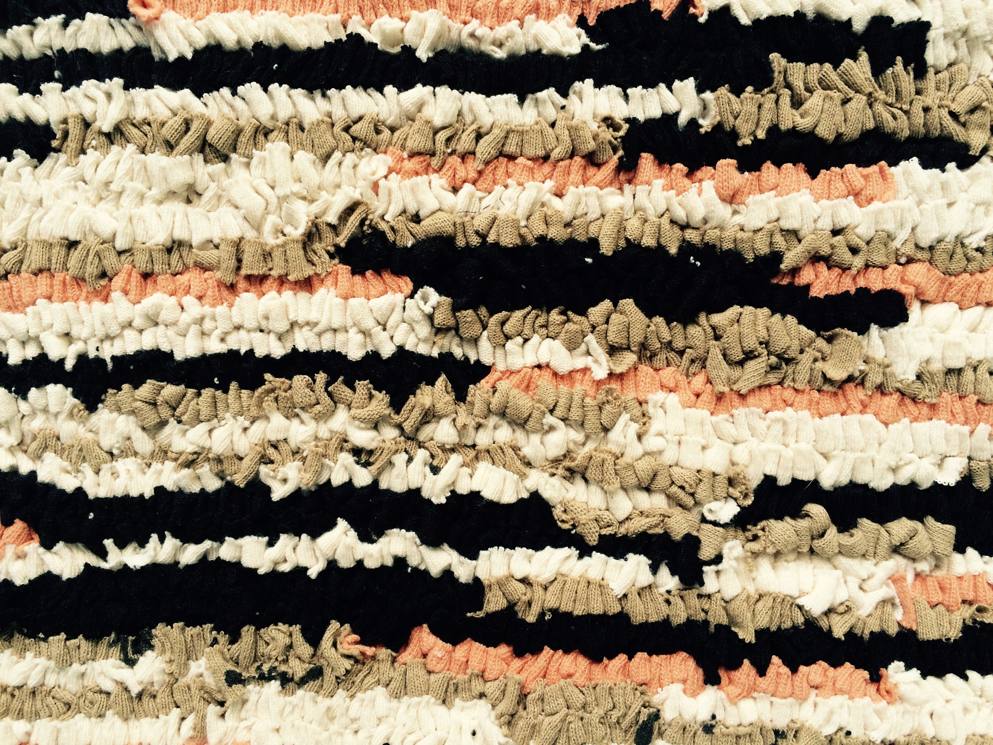 Earthworms Rug - close-up of the texture
