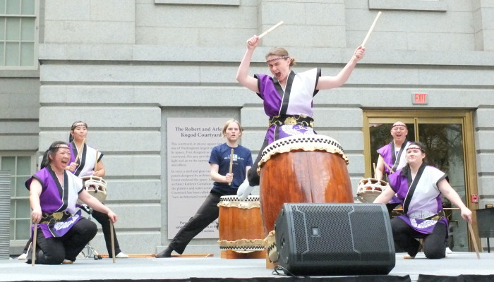 Catching air during Buchiawase with Nen Daiko