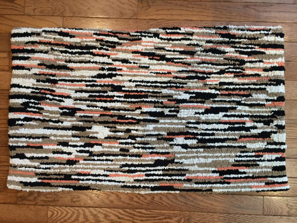 """Earthworms"" rug made from recycled t-shirts"