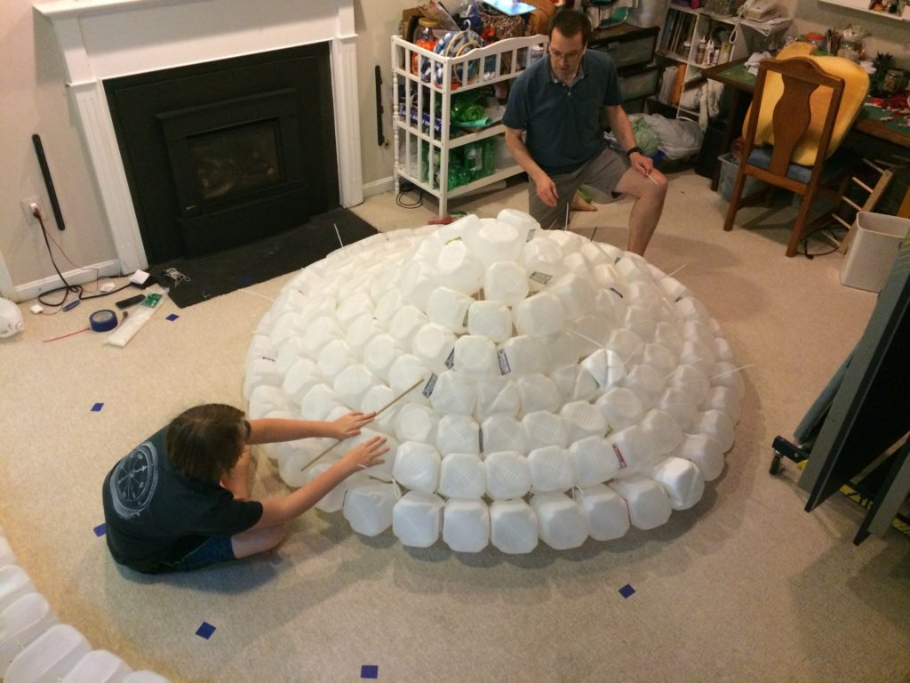 Building the Jugloo roof from concentric circles