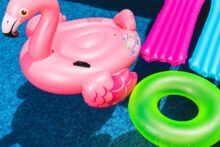 Inflatable pool toys - photo by Toni Cuenca, Unsplash